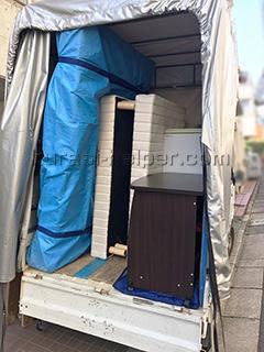 ダブルベッドのマットレスも軽トラックで運搬可能