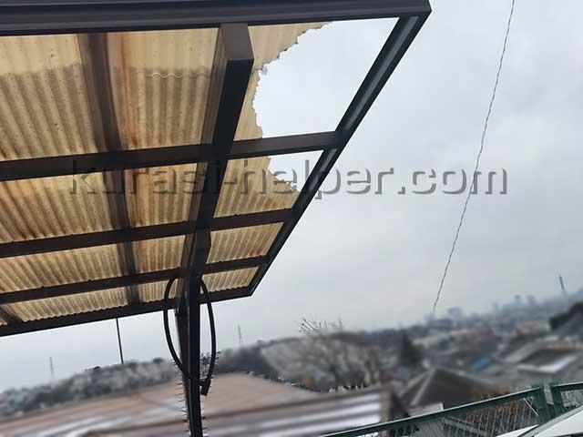 アパート駐輪場の屋根